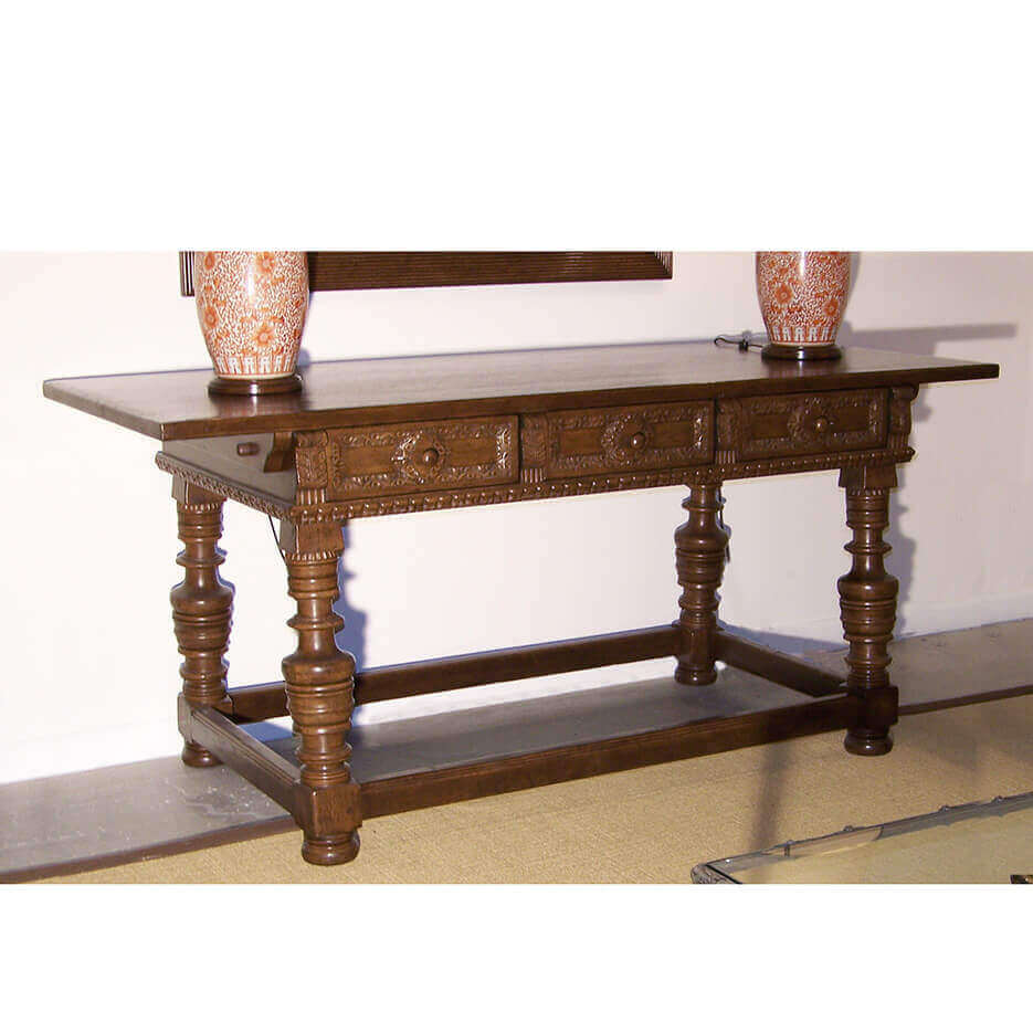 6049 Messina Table