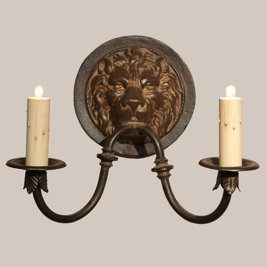 1000 Lioness Sconce