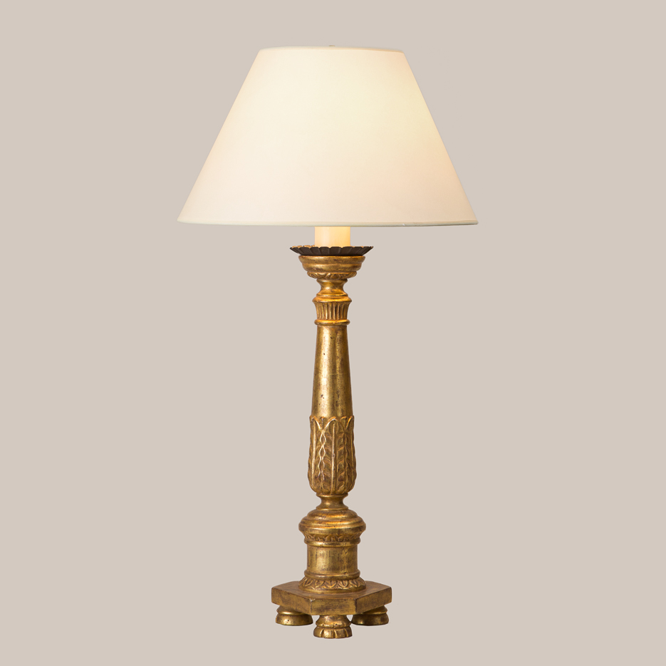 3007 Stately Table Lamp