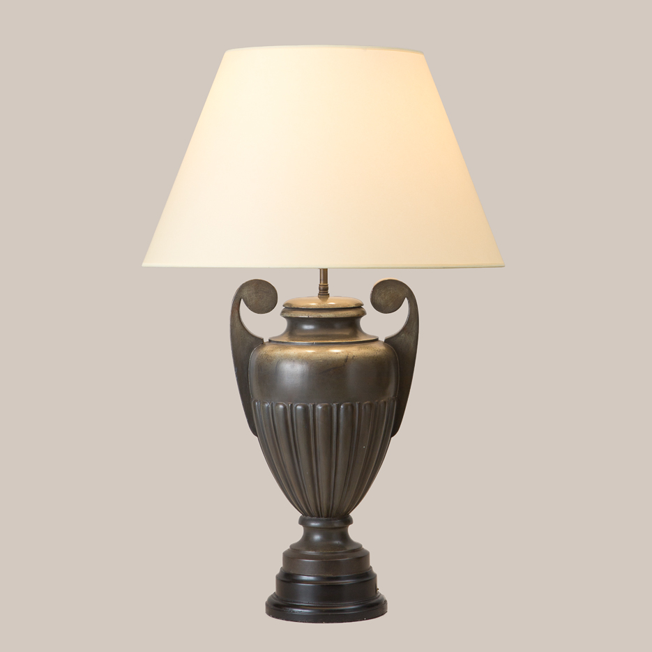 3050 Amphora Table Lamp