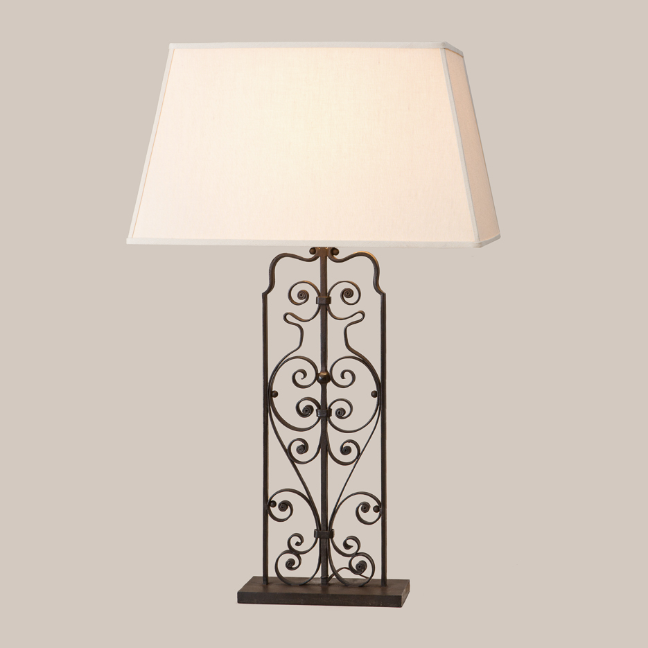 3056 Scroll Iron Table Lamp