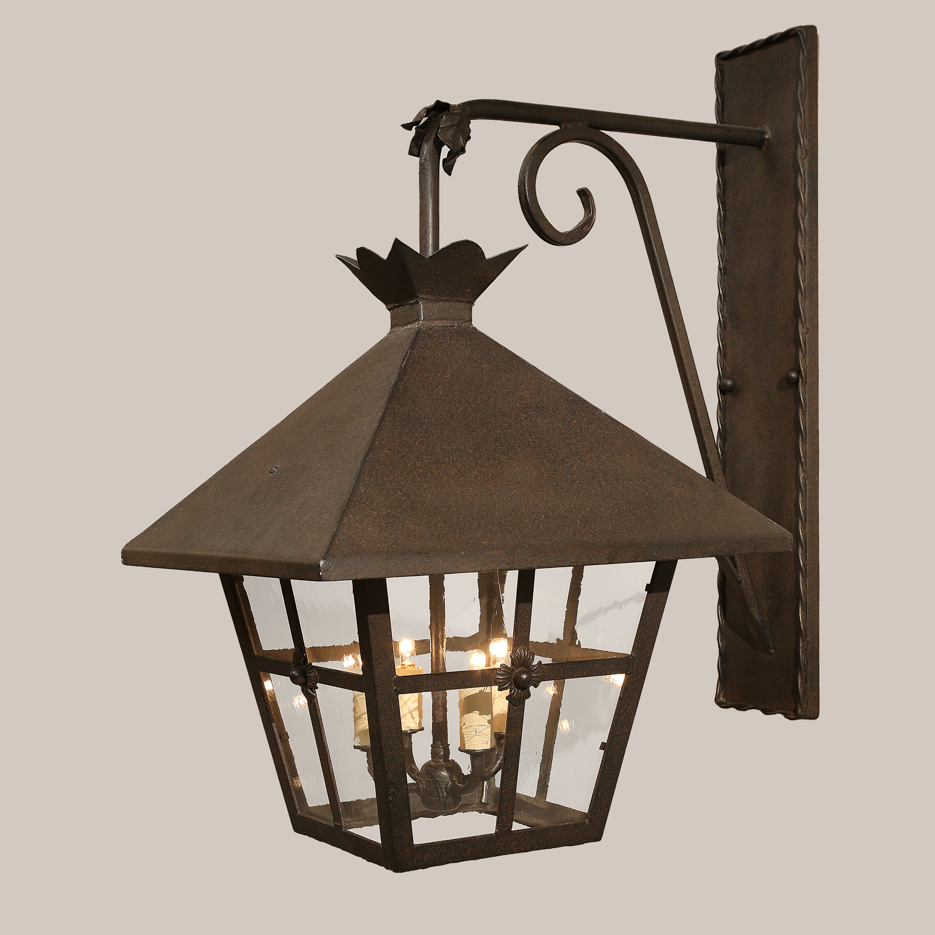 4020 Chicago Bracketed Lantern