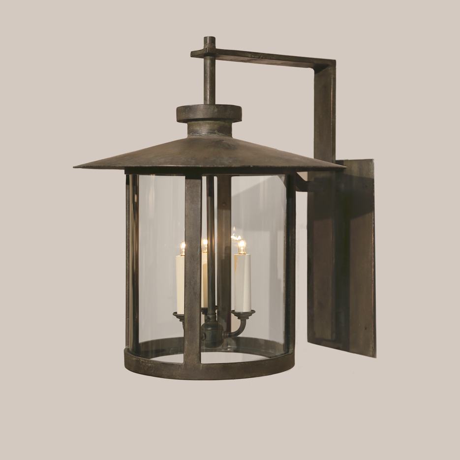 4135 Round Coventry Bracketed Lantern