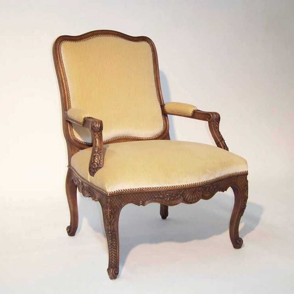 6075 Christine Chair