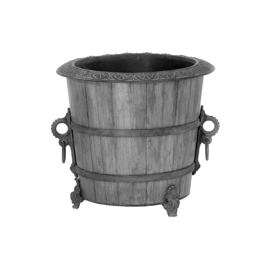 7000 Wood & Iron Planter With Liner