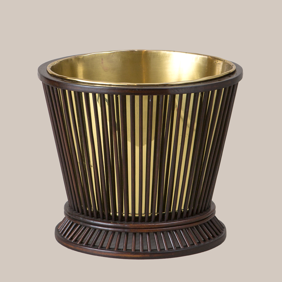 7011 Reeded Basket With Brass Liner