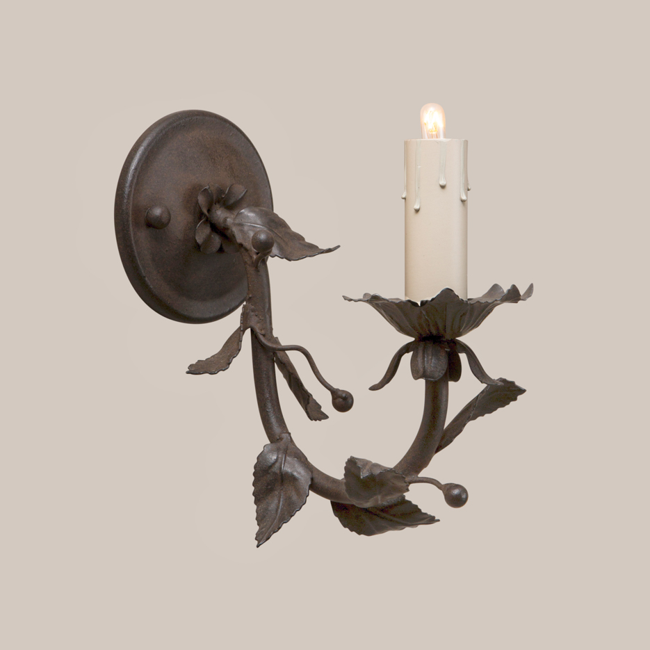1001 Berry Sconce