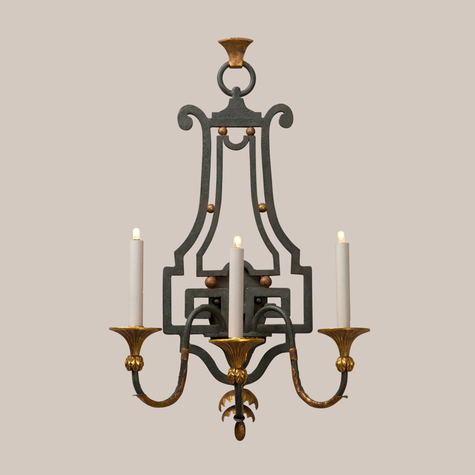 1111 Basso Sconce